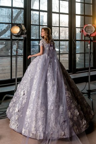 rochie de mireasa printesa imperiala flori 3D sposa dell amore 2018 saphira 2