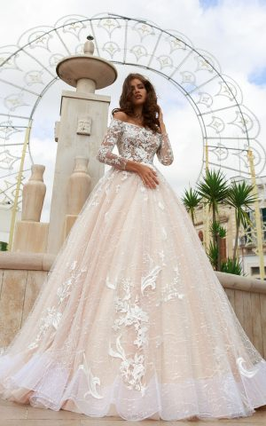 rochie de mireasa stil printesa broderie crem ivory sposa dell amore