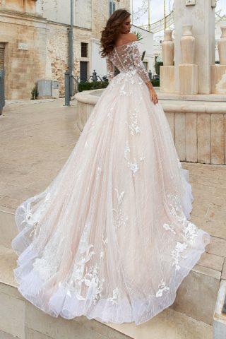 rochie de mireasa stil printesa broderie crem ivory sposa dell amore 6