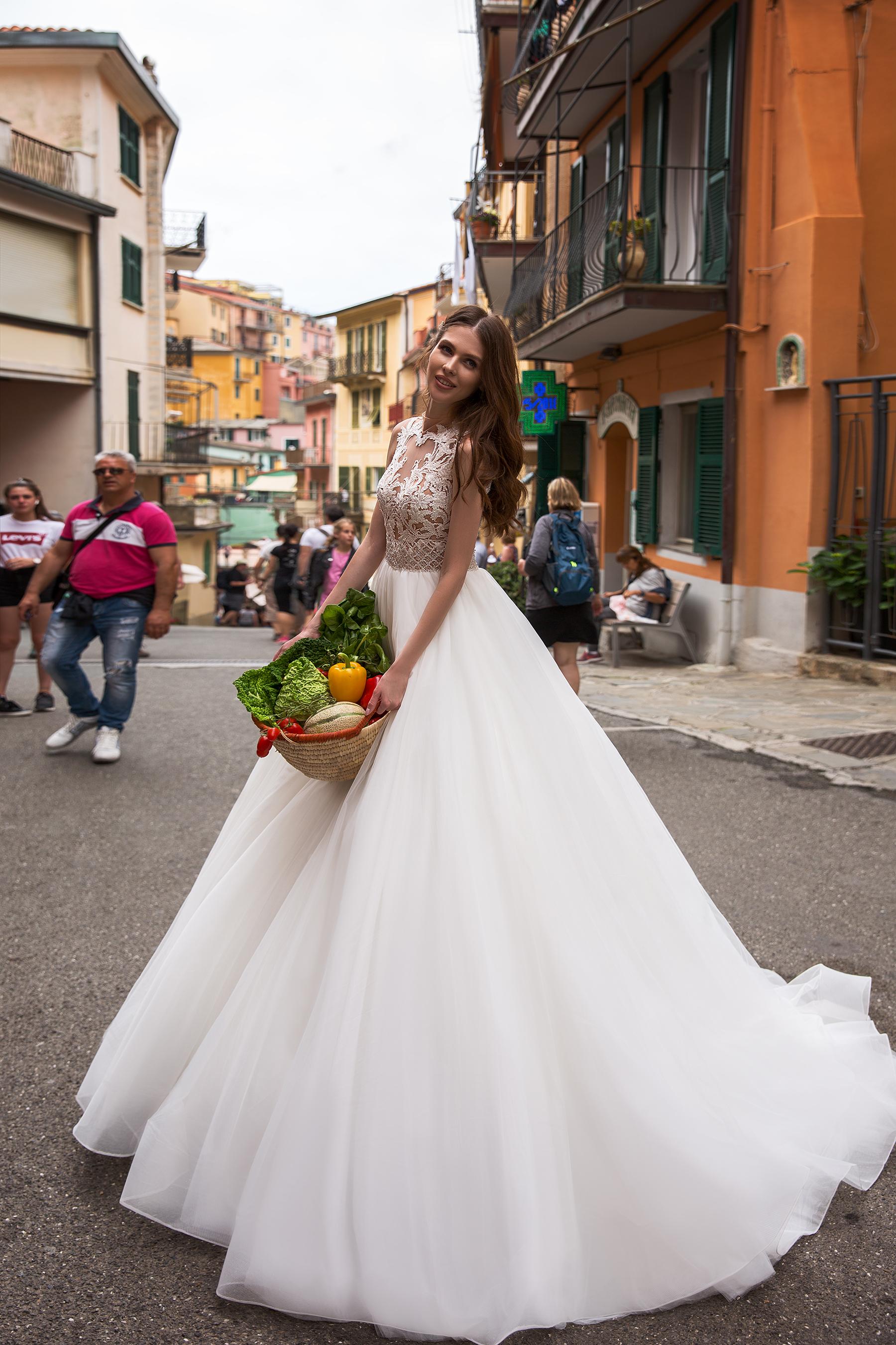 Rochie De Mireasa Bler Sposa Dell Amore Rochii De Mireasa Bucuresti