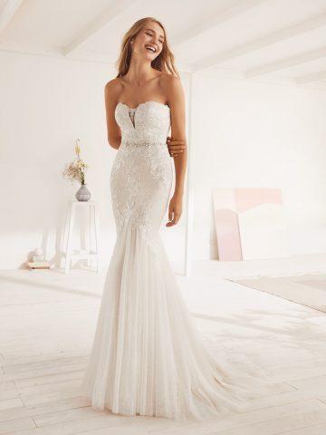 OXANA_B_5 rochie de miresaa sirena dantela fara bretele pronovias white one 2019