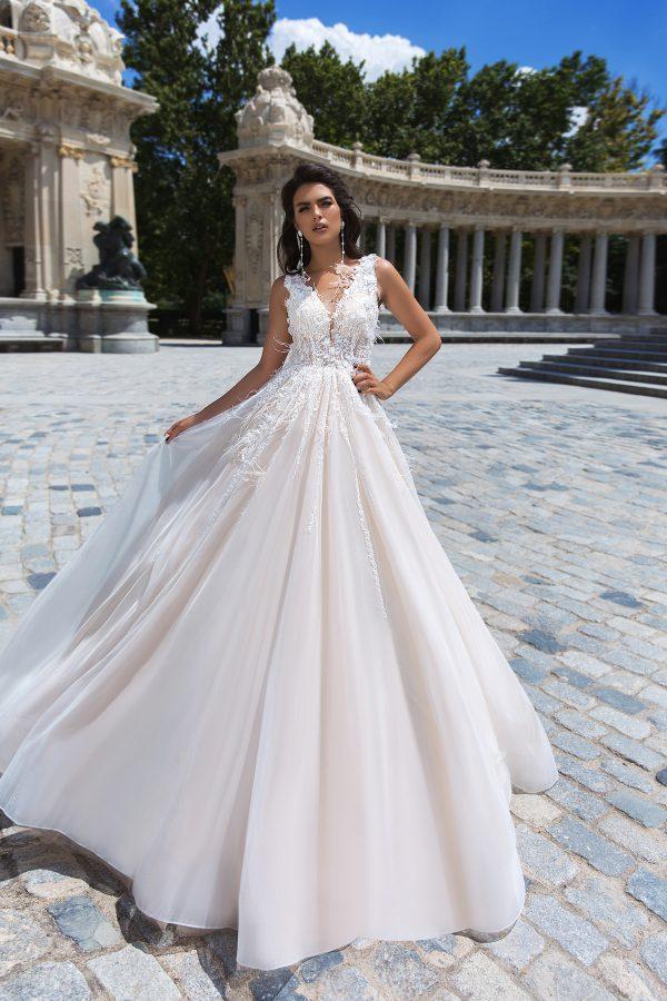rochie de mireasa stil printesa tul dantela pene briza 2019