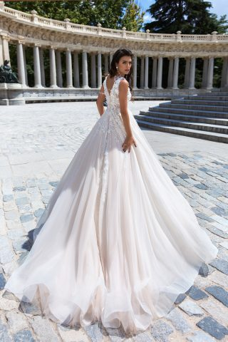 rochie de mireasa stil printesa tul dantela pene briza 2019 8