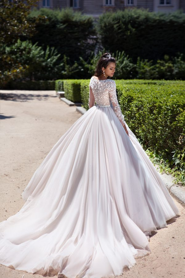 369A4650 rochie de mireasa printesa fusta tul dantela cu maneci margele paulia 2019 3
