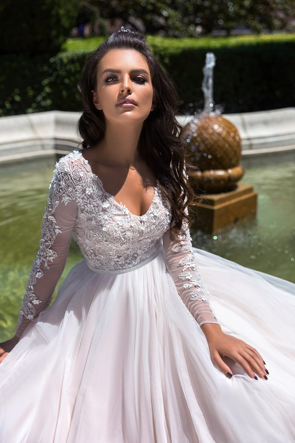 369A4650 rochie de mireasa printesa fusta tul dantela cu maneci margele paulia 2019 4