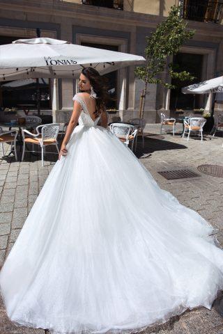 369A5069 rochie de mireasa rubena printesa cristale margelute 9