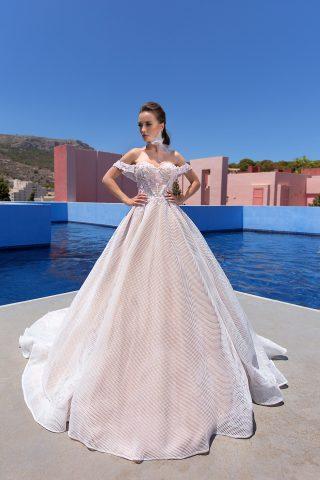 rochie-de-mireasa-printesa-plasa-flori-roz,-roze-ivory-rochie-de-mireasa-2019-369A6411